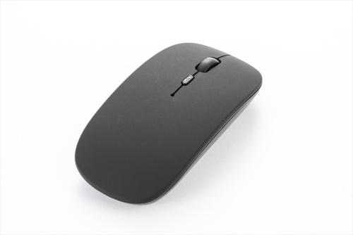 左右対称でボタンまで継ぎ目のないシンプルなデザイン。本体はつや消しで手あかや指紋が目立ちにくい