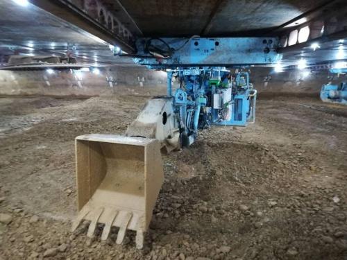 自動化した掘削機(写真:オリエンタル白石)
