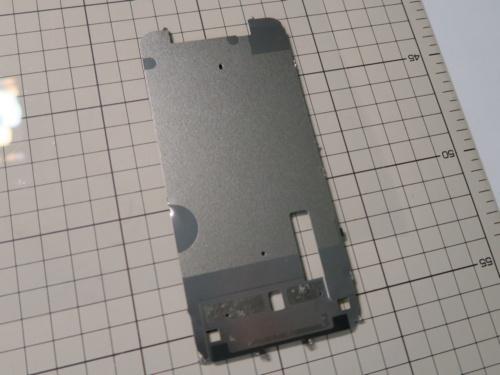 金属板の裏面