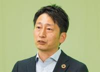 安井 昇 氏