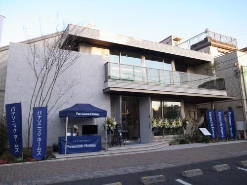 HomeXを搭載した、パナソニック ホームズのモデルハウス「カサート アーバン」(写真:村田 皓)