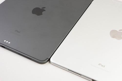 角がスリムになっているiPad Pro 10.5インチモデルのほうが薄く感じる
