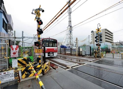 大師線地下化工事の現場(写真:日経コンストラクション)