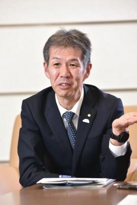 小木曽聡氏
