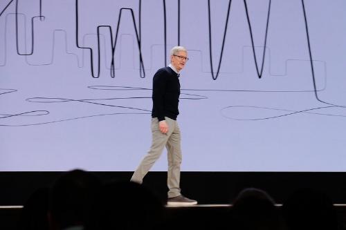 米アップルのティム・クックCEO(最高経営責任者)は2018年3月の教育向けイベントに登壇した際もプライバシー保護を強調していた
