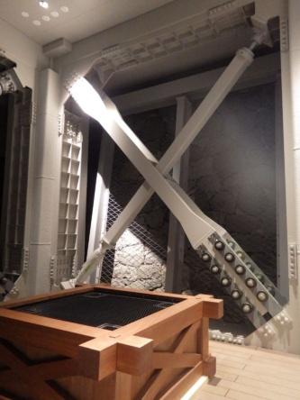 小天守の地下1階に設置したクロスダンパー(写真:熊本市熊本城総合事務所)