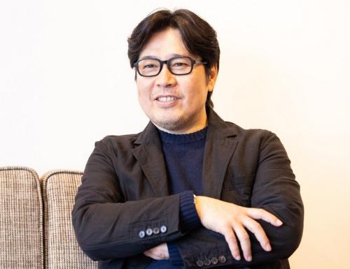 ジンズホールディングスの代表取締役CEO(最高経営責任者)である田中仁氏。私財を投じて、前橋の活性化に駆け回っている(写真:北山 宏一)