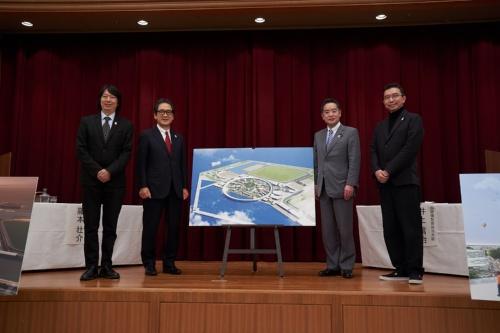 20年12月25日に「基本計画」を発表した記者会見の様子(写真:2025年日本国際博覧会協会)