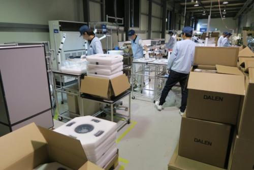 VAIOの工場の一角に設けられたpopIn Aladdin組み立てライン