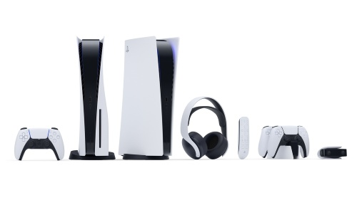 PS4本体と同時に発表された周辺機器