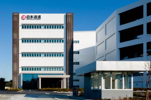 最大の物流拠点「Tokyo C-NEX」。港や空港、貨物駅から30分以内の立地で、世界各国と日本各地を結ぶ(写真提供:日本通運)
