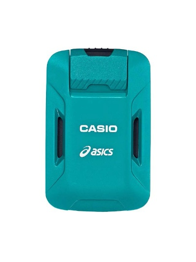腰に装着するモーションセンサー「CMT-S20R-AS」。GPSと9軸センサーを内蔵する。重さは約40g
