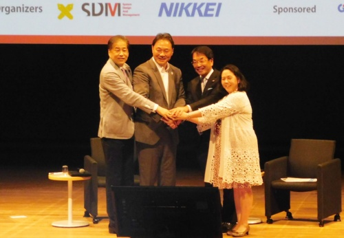 写真左から二宮氏、清宮氏、境田氏、谷口氏
