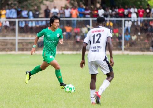 ザンビアン・プレミアリーグのゼスコ・ユナイテッドの試合での中町選手