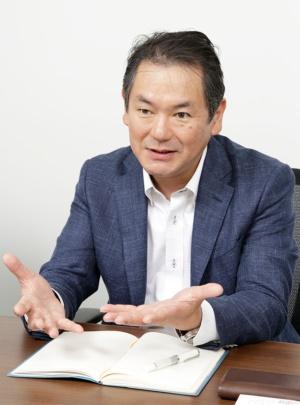 デジタルインテリジェンス部の戦略企画グループリーダーの浅川誠氏
