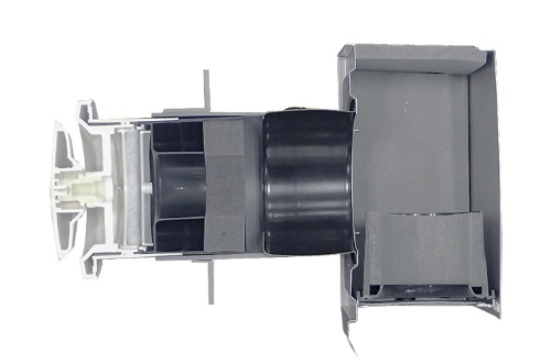 長谷工コーポレーションが開発した換気口に設置する防音装置。外壁側の防音フードと壁内を通す消音スリーブの2段構えで防音する機構だ(写真:長谷工コーポレーション)
