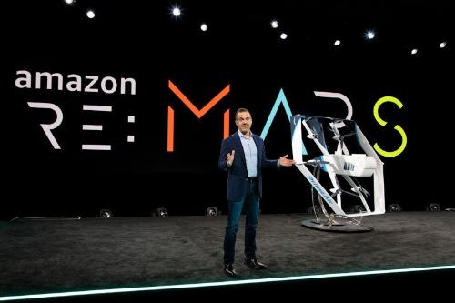 アマゾンの最新ドローン