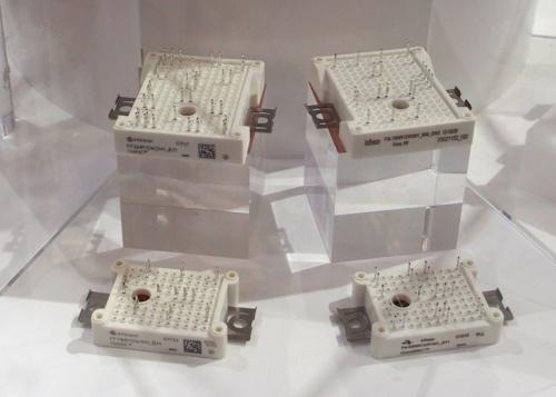 SiC MOSFETを搭載したモジュール製品。高出力充電器に向くとする。