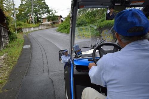 茨城県常陸太田市北部の高倉地域で実施している自動運転車の実証実験。2020年の実運用を目指す