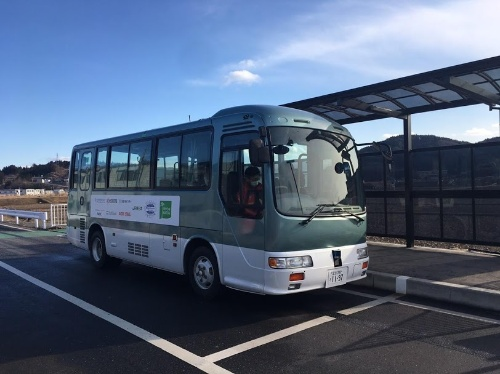 JR東日本が大船渡線BRT竹駒駅周辺で走らせた自動運転バス