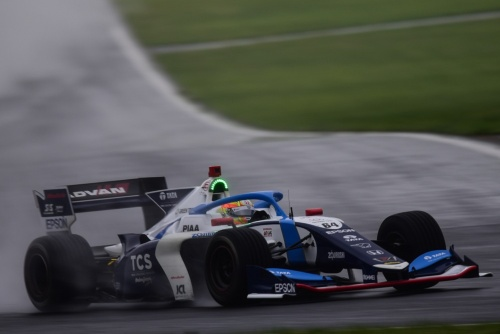 2019年全日本スーパーフォーミュラ選手権第4戦で優勝したTCSナカジマレーシング64号車とアレックス・パロウ選手