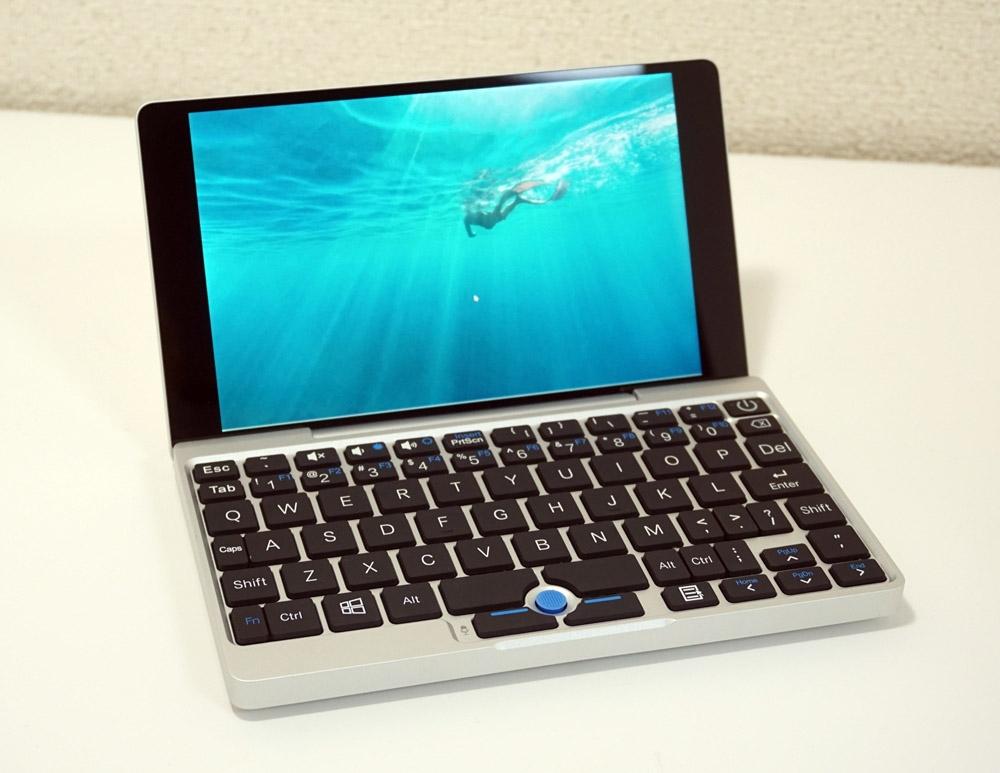 以前購入した中国Shenzhen GPD Technologyの「GPD Pocket」。クラムシェルのスタンダードなスタイルで利用する。買ってはみたものの不満は多かった