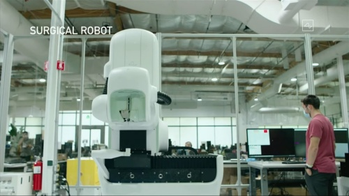 手術ロボット。先端の針で田植えのように電極を埋め込んでいく(NeuralinkがYouTubeで公開している動画をキャプチャーしたもの)