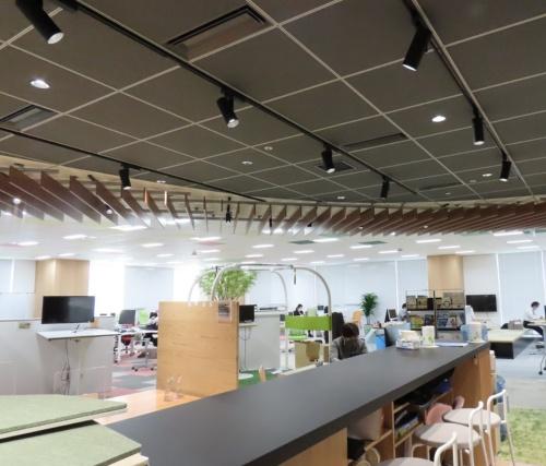 AI空調制御の実験をしている「東京建物八重洲ビル」の地上7階にあるオフィスフロア(写真:東京建物)