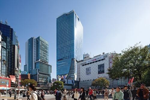渋谷駅の真上に立つ超高層ビル「渋谷スクランブルスクエア」。渋谷の新しいシンボルになった(写真:吉田 誠)