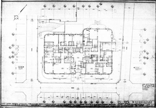 約40年前に手書きされた竣工図だけは残っていた。これが正確であるという保証がなかった(資料:竹中工務店)