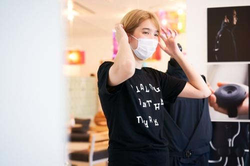 echo projectに関わる和田夏実氏。身体感覚の拡張などを研究している。本人は耳が聞こえるが、手話を「第1言語」として育った経歴の持ち主だ(写真:黒羽 政士、提供:echo project)
