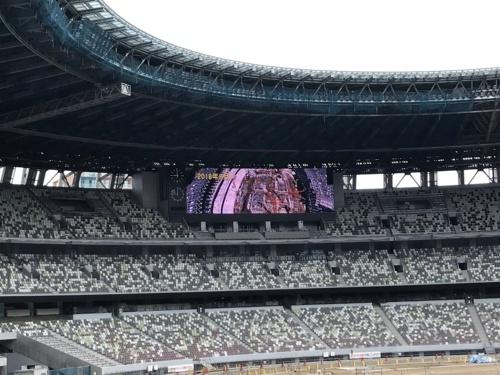 建築中の新国立競技場北側の観客席。写真は2019年7月時点のもの。東京五輪開催時の観客席は約6万席(写真:日経 xTECH)