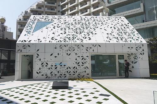 「EQ House」の外観。2019年3月に公開した。設計にはコンピュテーショナルデザインを採用した(写真:日経アーキテクチュア)