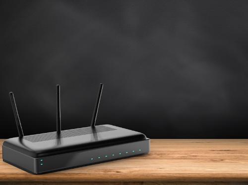 PCとスマホの両方でインターネットにつながらない、またはつながっているように見えてもWeb閲覧やメールができない場合は、Wi-Fiルーターなどの接続機器を再起動する