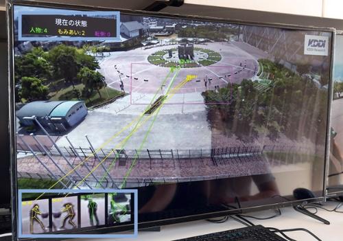 KDDIがセコムと実証実験をした、5G通信のカメラ搭載ドローンによる雑踏警備
