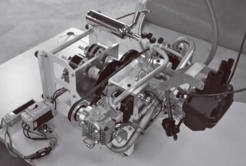図2 試作した水平対向2気筒エンジン