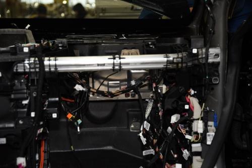 ダッシュボード手前にある車載コンピューター
