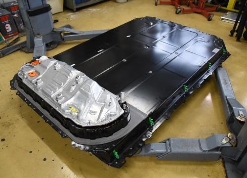 テスラ モデル3の電池パック
