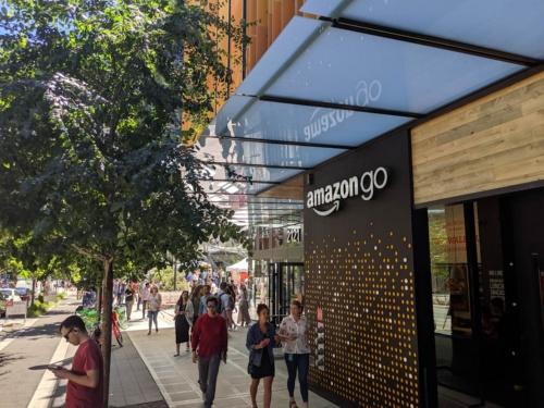 コロナ禍以前はにぎわいを見せていた、米ワシントン州シアトルのAmazon Go 1号店