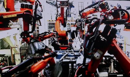 全ての生産設備をクラウドに接続する