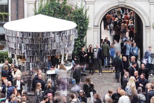「PAPER PAVILION(ペーパーパビリオン)」。コペンハーゲンで2017年9月に開催された北欧最大のアートイベント「CHART ART FAIR」に出展し、最優秀賞になった(写真:David Hugo Cabo)