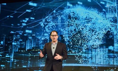 「Dell Technologies Summit」で基調講演に登壇したマイケル・デル会長兼CEO(最高経営責任者)