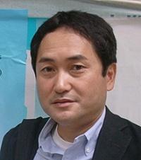 堀内 伸氏