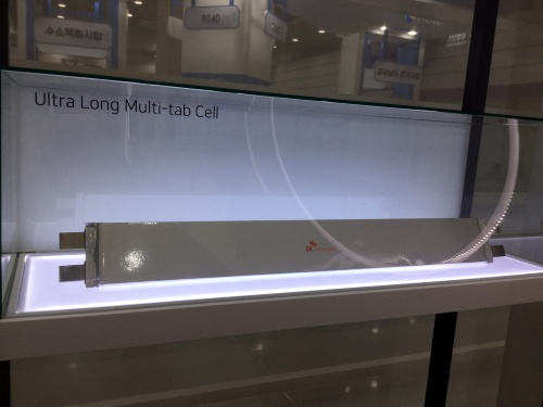 SK innovationの「Ultra Long Multi-tab Cell」(筆者撮影)