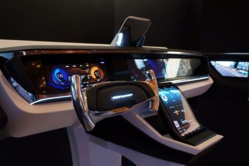 「Exynos Auto V9」を使ったIVIシステム。「CES 2019」に出展していた(出所:サムスン電子)