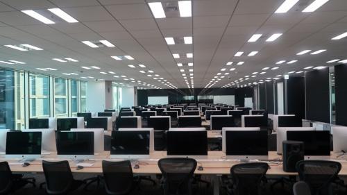 2020年4月開校予定の42 Tokyo 本校(住友不動産六本木グランドタワー24階)。2020年3月2日から始める予定だった3回目の入学試験が新型コロナウイルスの影響で中止になったため、現在はほぼ無人だ