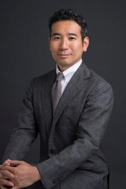 太田 陽介(おおた・ようすけ)。慶応義塾大学卒業後、2000年にアクセンチュア入社。テクノロジー部門を経て2011年より戦略部門に異動。製造業やハイテク産業、国内外のサプライチェーンにおける企画・設計を歴任。現在、同社ビジネス コンサルティング本部 サプライチェーン&オペレーション プラクティス日本統括マネジング・ディレクター。(出所:アクセンチュア)