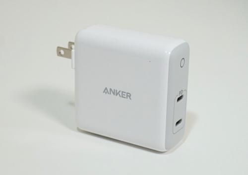 アンカージャパンが販売するUSB PD対応充電器「PowerPort Atom PD 2」は2つのUSB Type-Cポートを搭載し、合計で60Wまで出力できる。Amazon.co.jpでの販売価格は3990円(税込み)