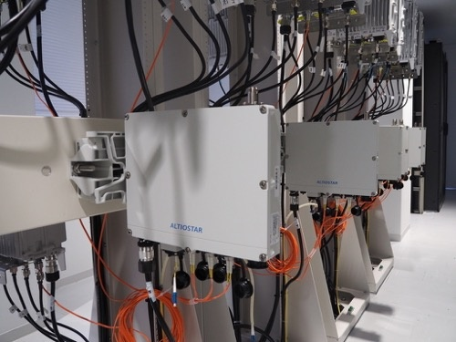 楽天が導入した米Altiostar Networksの無線制御装置