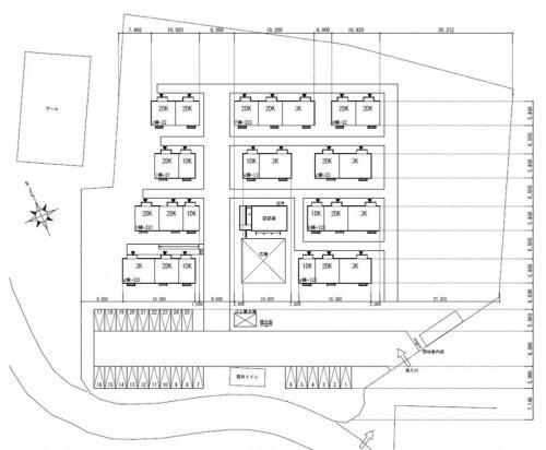 (仮称)山江村中央グランド仮設団地の配置図。談話室の周囲に25戸をレイアウトする(資料:KKN)